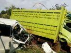 ilustrasi-kecelakaan-truk-dan-minibus.jpg