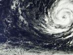 ilustrasi-siklon-tropis-bmkg-ingatkan-wilayah-ini-dampak-dampak-siklon-tropis-choi-wan.jpg