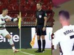 insiden-pembatalan-gol-cristiano-ronaldo-memakan-korban.jpg