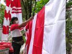 jejen-zainudin-pedagang-bendera-merah-putih-dan-umbul-umbul-asal8786.jpg