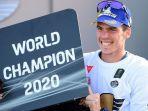 joan-mir-mengunci-gelar-juara-dunia-motogp-2020.jpg