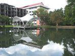 kampus-universitas-sam-ratulangi-kota-manado-yang-sepi11.jpg
