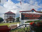 kantor-gubernur-sulawesi-utara1432.jpg