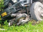kecelakaan-di-jalan-raya-padang-solok-truk-oleng-dan-sepeda-motor-rusak-parah.jpg