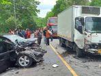 kecelakaan-lalu-lintas-satu-keluarga-di-desa-adimulya-cilacap-sabtu-23102021.jpg