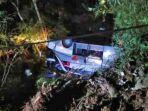 kecelakaan-maut-bus-masuk-jurang-5959.jpg
