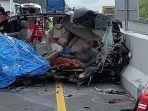 kecelakaan-maut-di-jalan-tol-5-orang-tewas-di-tempat.jpg