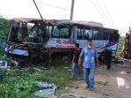 kecelakaan-maut-kembali-terjadi-di-jalan-lintas-timur-jalintim-kecamatan-pangkalan-kerinci.jpg