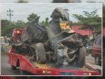 kecelakaan-maut-melibatkan-mobil-polsek-kalijambe-3467472.jpg