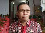 kepala-dinas-kesehatan-kabupaten-sitaro-dr-semuel-raule8678678.jpg