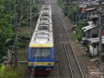 kereta-komuter-rangkaian-krl-commuter-line.jpg