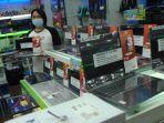 kios-penjualan-laptop-di-mega-mall-kawasan-megamas-manado-sulawesi-utara.jpg