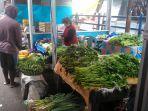 kisah-lansia-penjual-sayuran-di-pasar-pinasungkulan-karombasan.jpg