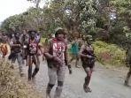 kkb-di-papua-pimpinan-lamek-taplo-serang-4-anggota-tni-di-pegunungan-bintang-papua-1.jpg