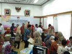 komisi-pemilihan-umum-kpu-ri-memberikan-hasil-audit-laporan-dana-kampanye-ldk.jpg