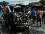kondisi-mobil-pikap-yang-terlibat-kecelakaan-mengalami-rusak-berat.jpg
