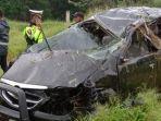 kondisi-mobil-setelah-mengalami-kecelakaan-tunggal-di-jalan-tol-medan-tebingtinggi.jpg