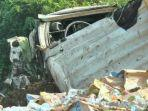 kondisi-truk-ringsek-usai-alami-kecelakaan-lalu-lintas.jpg