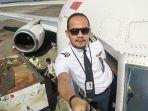 kopilot-pesawat-sriwijaya-air-sj-182-fadly-satrianto-beri-pesan-kepada-keluarga-sebelum-terbang.jpg