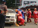 korban-kecelakaan-yang-terjebak-di-kabin-mobil-ini-jadi-tantangan-lomba-road-accident-rescue_20181024_231217.jpg