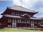 kuil-todai-ji-di-nara-merupakan-satu-di-antara-kuil-terindah-di-jepang_20181106_113344.jpg