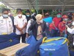kunjungan-mensos-tri-rismaharini-di-kelurahan-ternate-tanjung.jpg