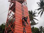lomba-vertical-rescue-di-kantor-basarnas-manado.jpg