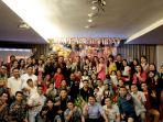 manajemen-dan-karyawan-ibis-manado-city-center-boulevard-merayakan-hut-ke-3.jpg