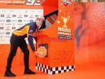 marc-marquez-merayakan-juara-dunia-motogp-2018.jpg