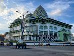 masjid-agung-baitul-makmur-2.jpg