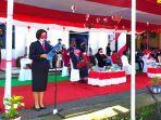 master-of-ceremony-dalam-upacara-hut-ke-76-republik-indonesia-di-kabupaten-bolmut.jpg