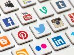media-sosial-mempengaruhi-kesehatan-mental_20180129_151153.jpg