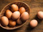 mencuci-telur-sampai-bersih-ternyata-berbahaya-loh_20180512_171047.jpg