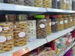 menjelang-natal-kue-kue-di-golden-supermarket-diminati-masyarakat-berikut-daftar-harganya.jpg