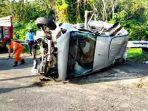 mobil-suzuki-ertiga-pelat-nomor-h8949fp-alami-kecelakaan-tunggal-di-ruas-tol-km-425-abc.jpg