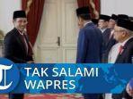 nadiem-makarim-menerima-sk-menteri-pendidikan-dan-kebudayaan-dari-presiden-jokowi.jpg