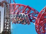 ngeri-6-penumpang-roller-coaster-terjebak-di-ketinggian-hampir-50-meter_20180323_154900.jpg