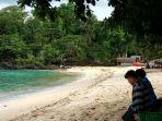 objek-wisata-pantai-pulisan.jpg