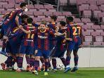 para-pemain-barcelona-merayakan-gol-kedua-mereka-yang-dicetak-oleh-gerard-pique.jpg
