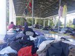 pasar-pondabo-di-desa-tutuyan-ramai-dikunjungi-warga-rabu-21112018-33.jpg