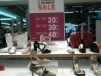 payless-shoesource-mega_20180307_165736.jpg