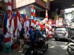 pedagang-bendera-di-pasar-45_20160811_155432.jpg
