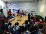 pelajar-taman-kanak-kanak-mengunjungi-markas-tribun-manado_20180226_111301.jpg