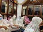 pelaksanaan-sholat-tarawih-di-masjid-as-salsabil-kotobangon.jpg