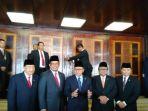 pelantikan-tiga-wakil-ketua-mpr-di-kompleks-parlemen_20180326_153839.jpg