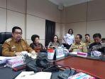 pemkot-manado-gelar-rapat_20181015_213131.jpg