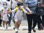 peneliti-as-sebut-anak-anak-berpotensi-besar-sebagai-penular-virus-corona-tak-kebal-covid-19.jpg