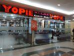 penerapan-protokol-kesehatan-di-yopie-salon-mega-mall-manado-jumat-2152021.jpg