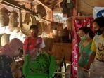 pengabdian-masyarakat-dosen-unima-pada-kelompok-pengrajin-bambu.jpg