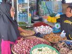 penjual-barito-di-pasar-karombasan-wanea-manado.jpg
